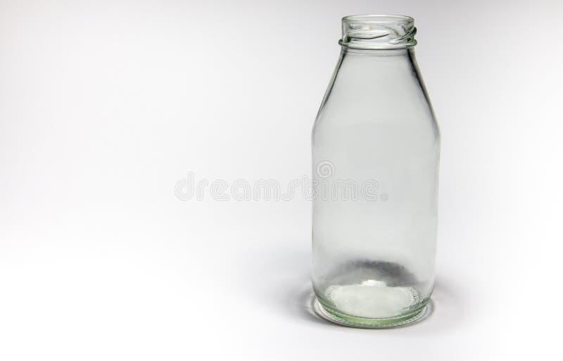 Bottiglia per il latte di Mpty immagini stock