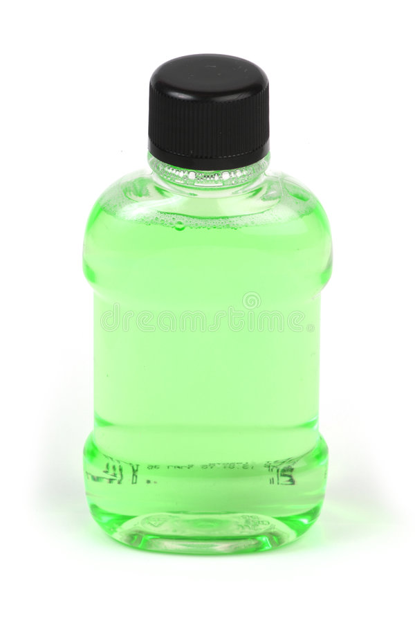 Download Bottiglia verde di liquido fotografia stock. Immagine di coperchio - 7310446
