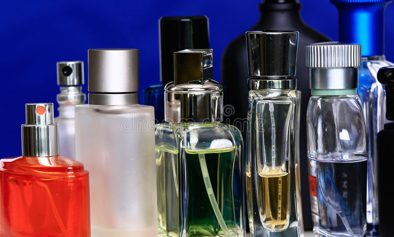 Bottiglie di fragranza fotografie stock