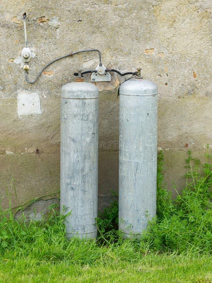 Download Bottiglie di gas immagine stock. Immagine di nazionale - 30832029
