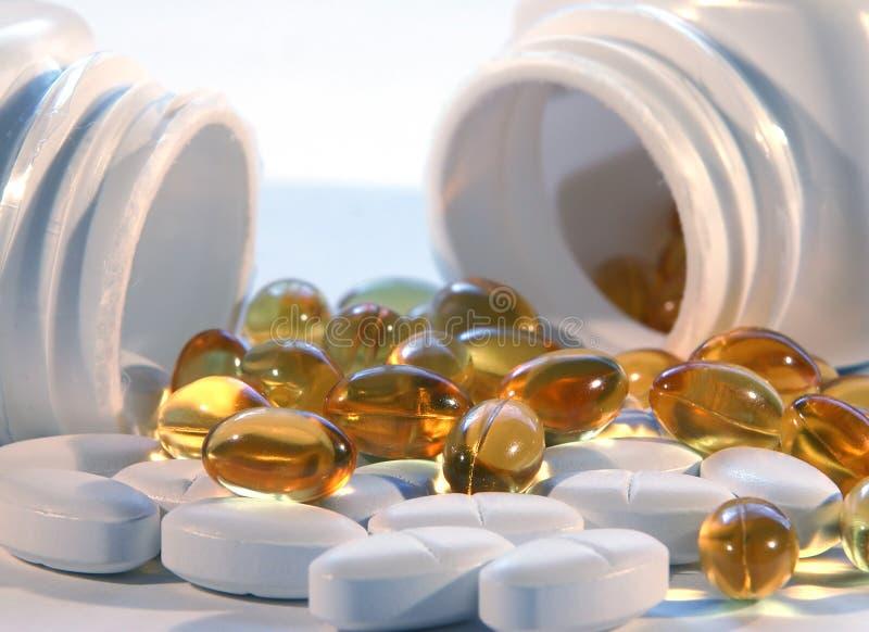 Bottiglie di pillola fotografie stock libere da diritti