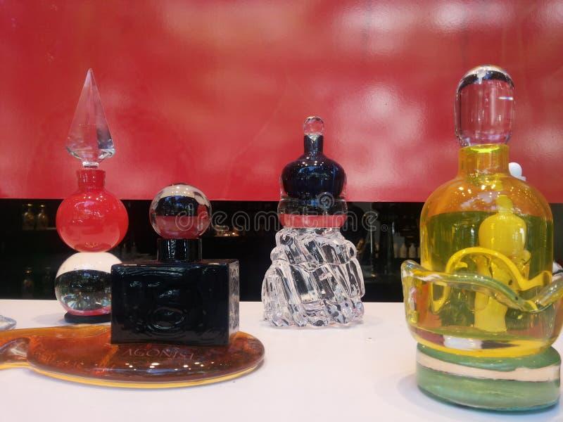 Bottiglie di profumo dell'agonista fotografia stock libera da diritti