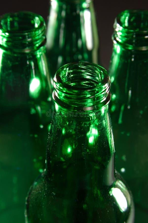 Bottiglie verdi fotografie stock