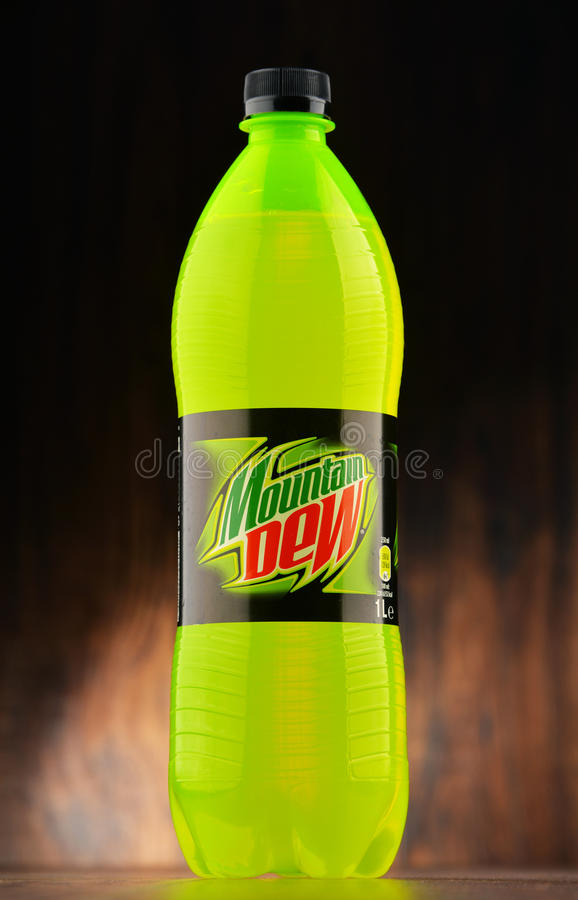 Free Bottle Of Carbonated Soft Drink Mountain Dew Royalty Free Stock Photos - 84822188