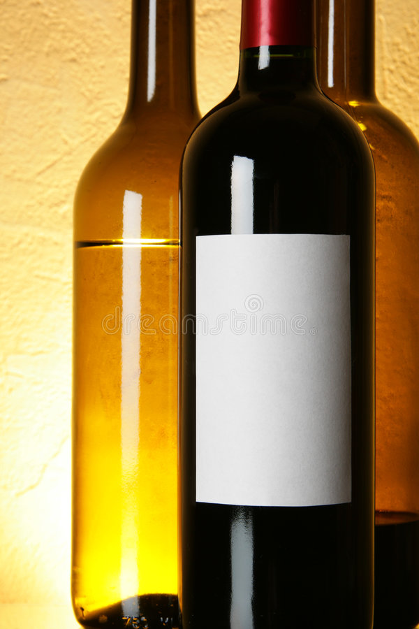 Free Bottle Of Red Wine With Blank Label Stock Photo - 4514070