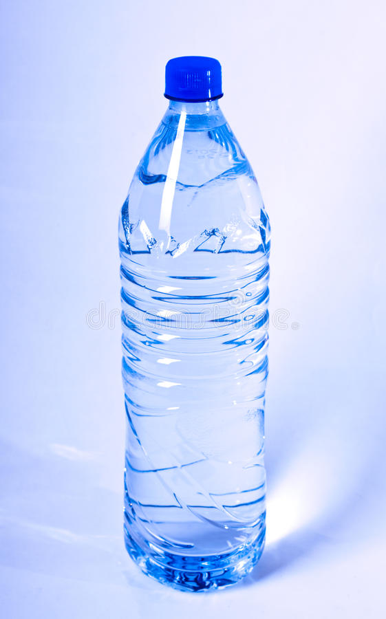 Free Bottle Of Water Royalty Free Stock Photography - 20972587