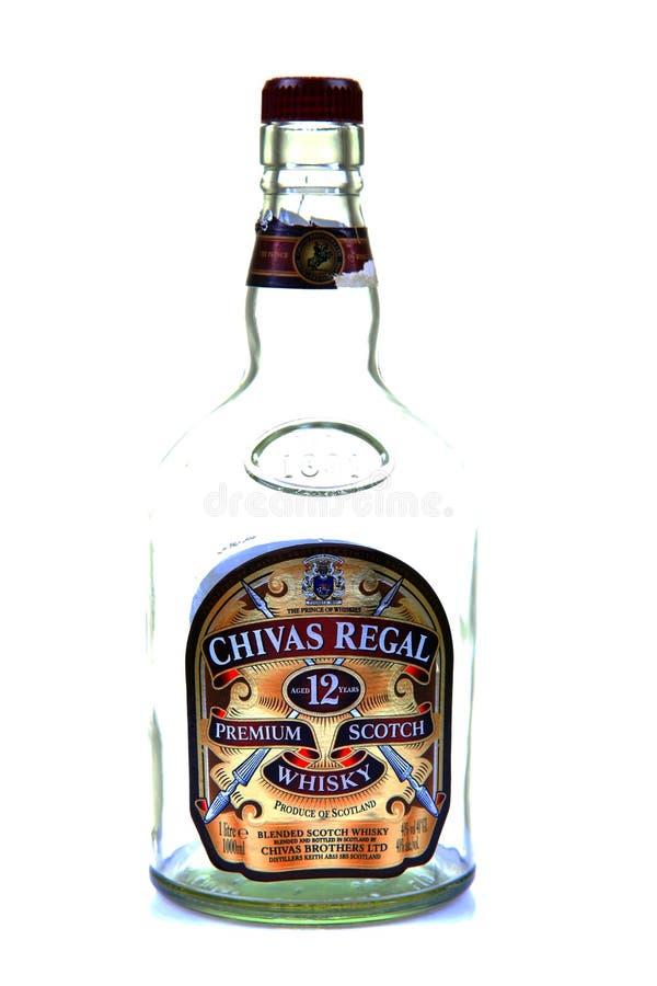 bottle regal whiskey för chevas arkivfoto