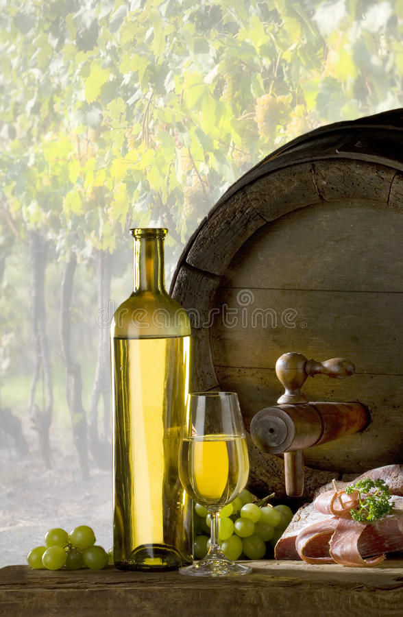 Download Bottle Of Wine Royalty Free Stock Photography - Image: 11308917