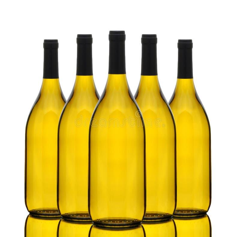 bottles chardonnay gruppwine arkivbilder