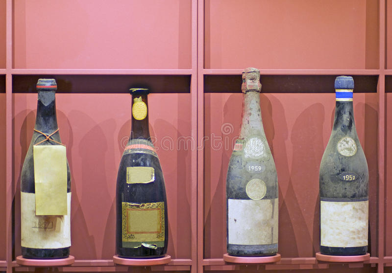 bottles gammalt arkivbilder