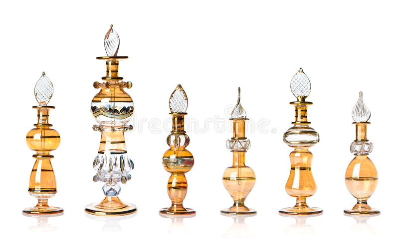 bottles guld- orientalisk doft arkivfoton