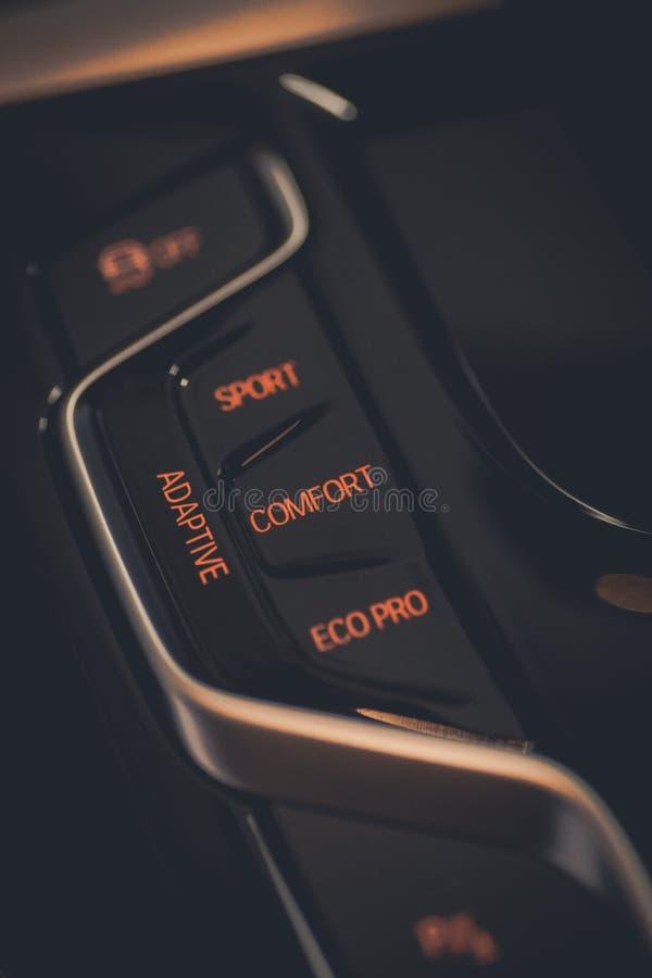 Bottone di comodit? e di eco dell'automobile pro fotografia stock