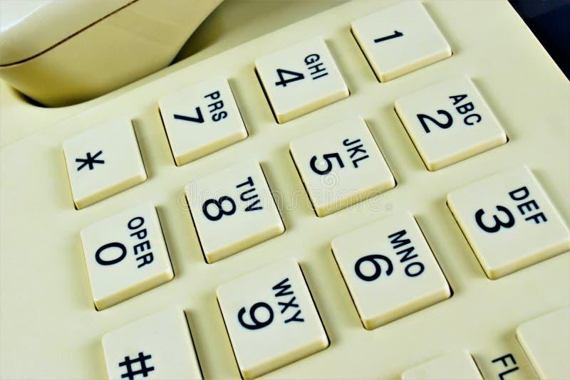 Bottoni del telefono per il collegamento di chiamata e di composizione Telefono - trasmette e riceve le informazioni sane sopra l fotografia stock libera da diritti