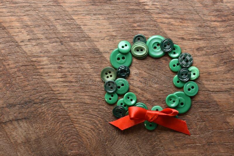 Bottoni di cucito sotto forma di una corona fotografia stock