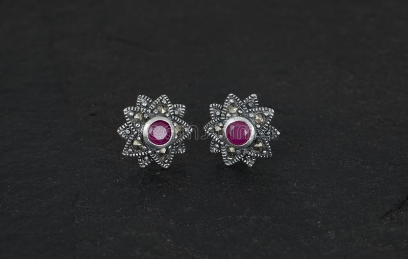 Boucle d'oreille de Daimond photos stock