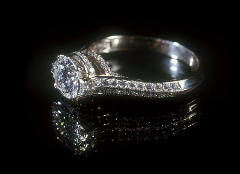 Boucle de diamant. photo stock