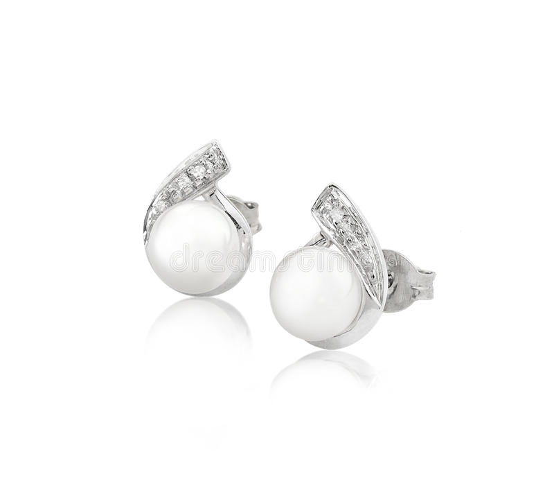 Boucles D Oreille De Perle Et De Diamant D élégance Images stock