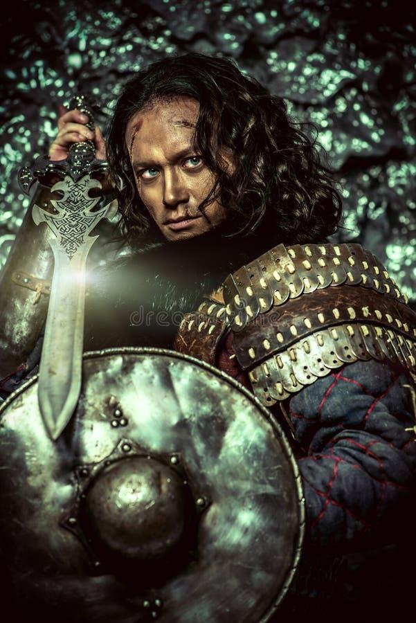 Bouclier et épée image libre de droits