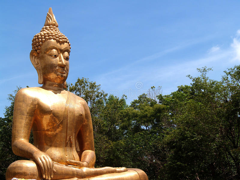 Bouddha Amnat Charoen, Thaïlande image stock