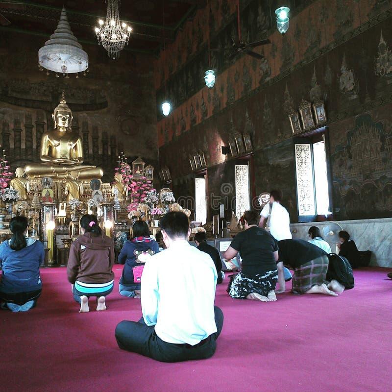 Bouddha a béni le bouddhisme photo stock