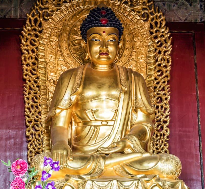 Bouddha d'or chez le Hall de la prière pour la bonne récolte chez le temple du Ciel, Pékin, Chine, Asie photos libres de droits