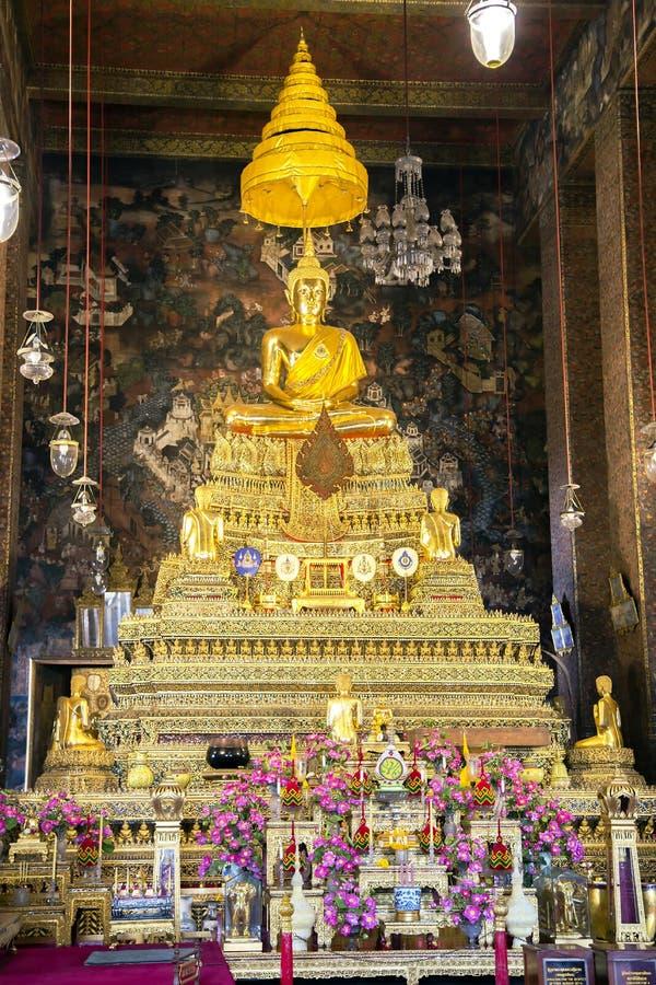 Bouddha d'or en Wat Pho Temple photographie stock libre de droits
