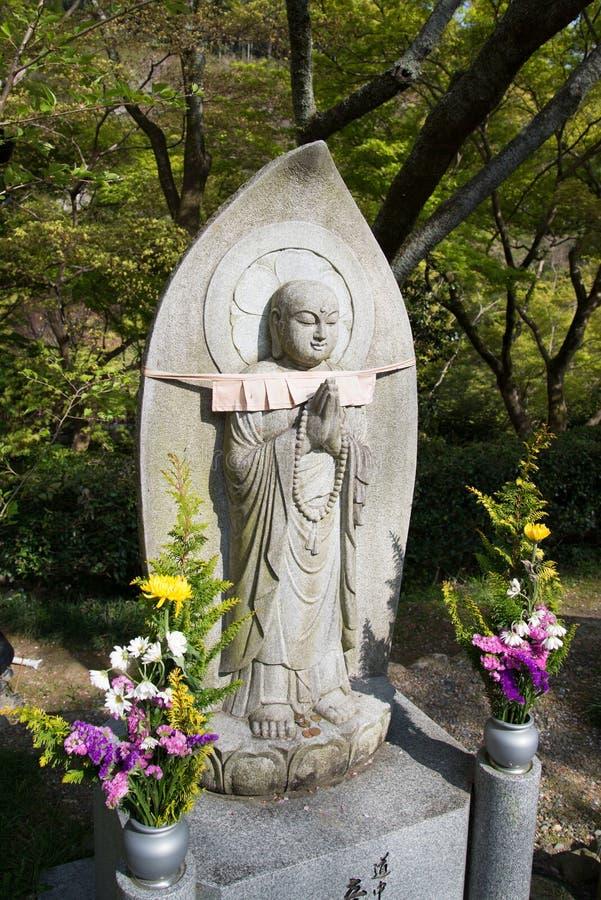 Bouddha en pierre dans le temple de Kiyomizu image libre de droits