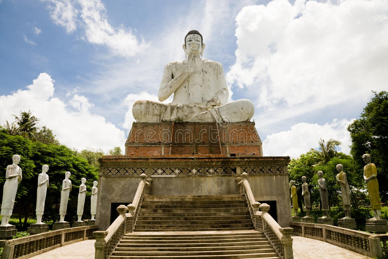 Bouddha géant, Battambang, Cambodge image stock