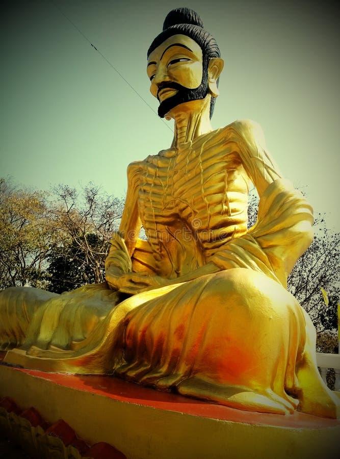 Bouddha mourant de faim photo libre de droits