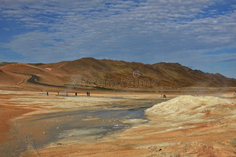 Boue de ébullition dans un secteur géothermique près de Reykjahlid, Islande images stock