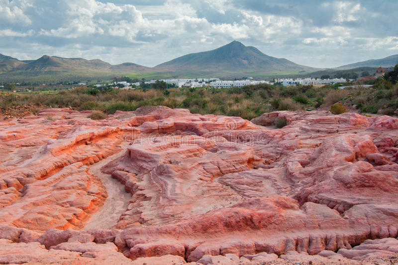 Boue souillée des vieilles mines d'or abandonnées de Rodalquilar, Cabo De Gata, Espagne photographie stock libre de droits