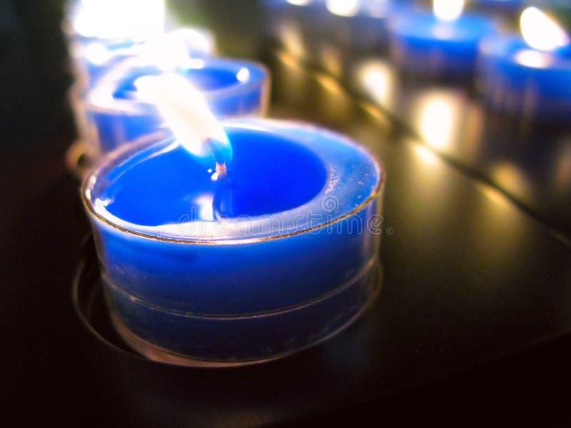 Bougie bleue image stock