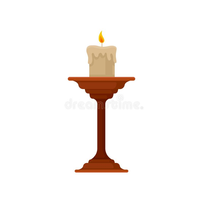 Bougie brûlante dans le petit chandelier, illustration de vecteur de bougeoir d'en cuivre de cru sur un fond blanc illustration stock