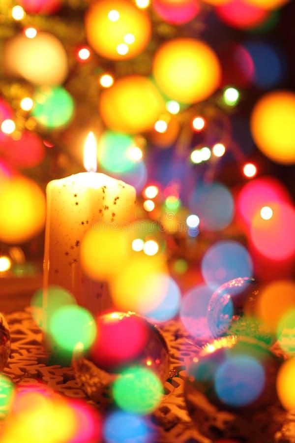 Bougie de Noël de couleur photographie stock