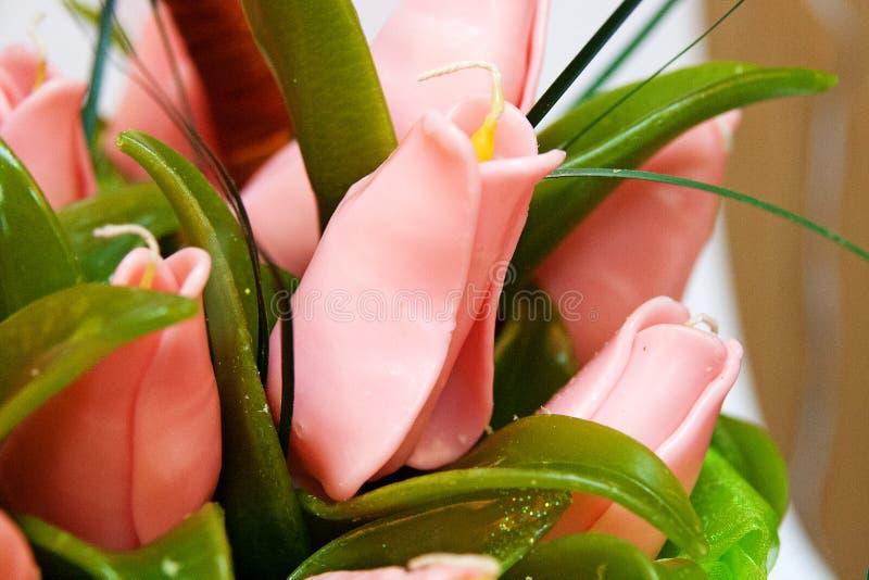 Bougie faite main sous forme de bouquet des fleurs de tulipes photographie stock