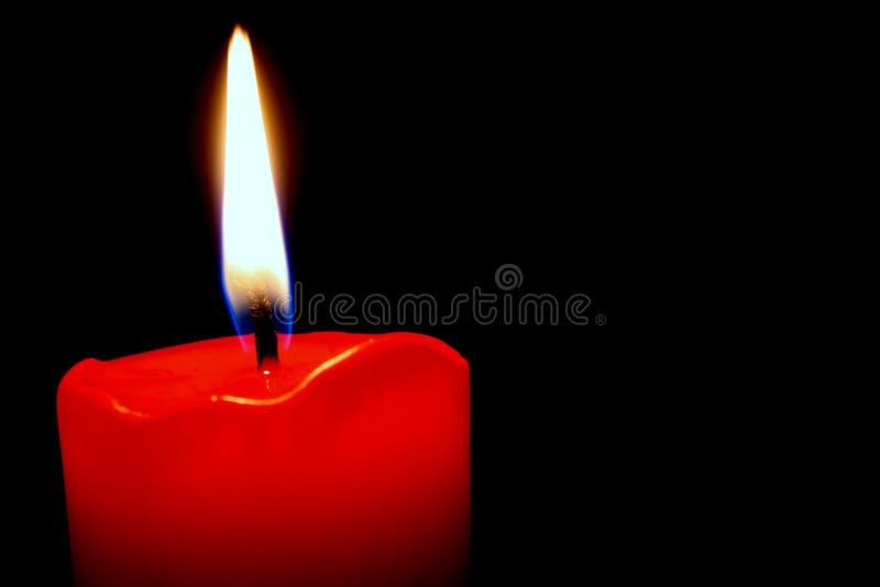 Bougie rouge photographie stock libre de droits