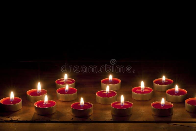 Bougies brûlantes image stock
