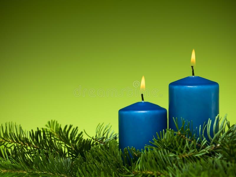 Bougies heureuses de bleu de vacances photos libres de droits