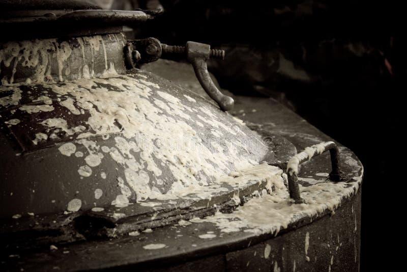 Bouilloire de potage photos stock