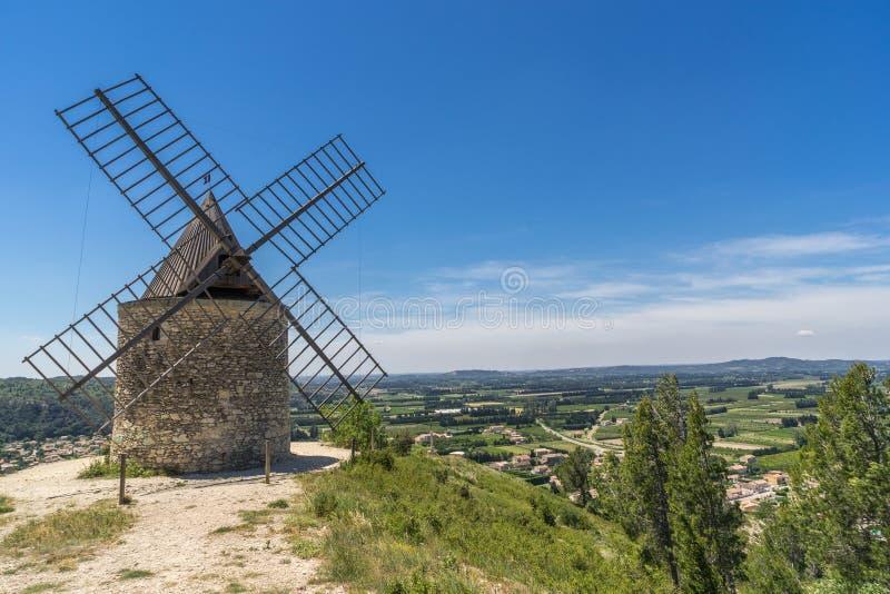 Boulbon dans le Bouches du le Rhône image stock