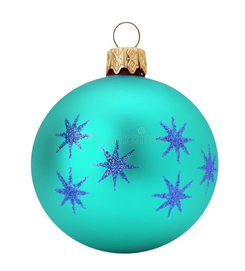 Boule d'Azure Christmas d'isolement sur le fond blanc photographie stock libre de droits