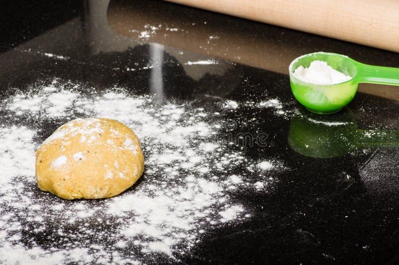 Download Boule De La Pâte Prête à Former Image stock - Image du baked, formation: 76089115
