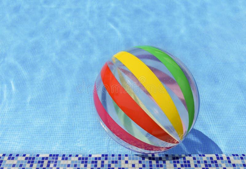 Boule de piscine photo stock
