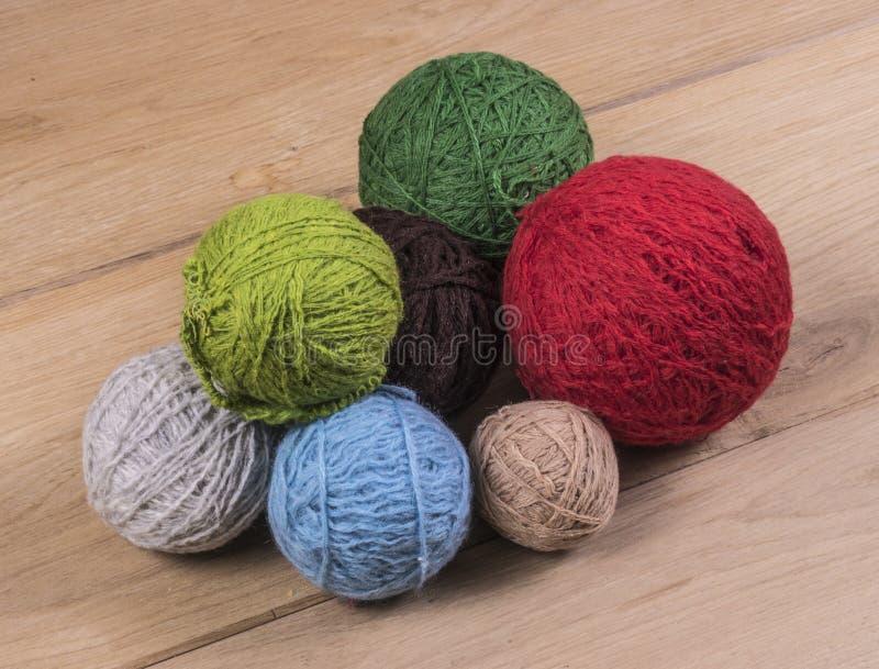 boules de laine photo stock image du coton crochet 49635546. Black Bedroom Furniture Sets. Home Design Ideas