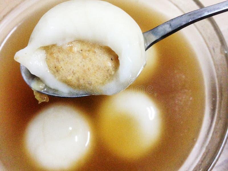 Boules douces chinoises de soupe photo stock
