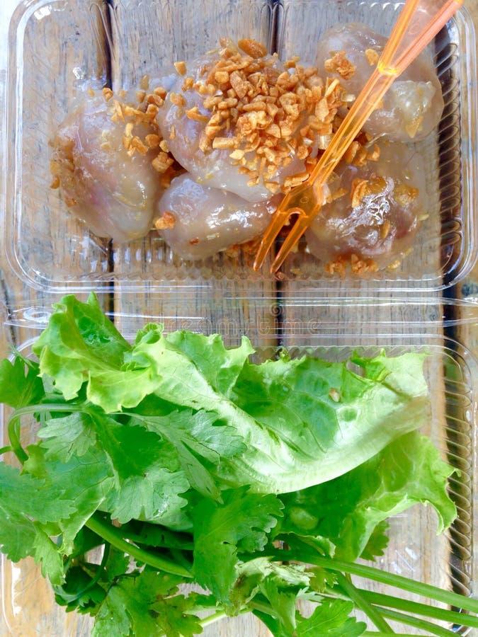 Boulette cuite à la vapeur de tapioca avec du porc image stock