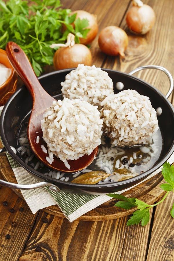 Boulettes de viande avec du riz photo stock