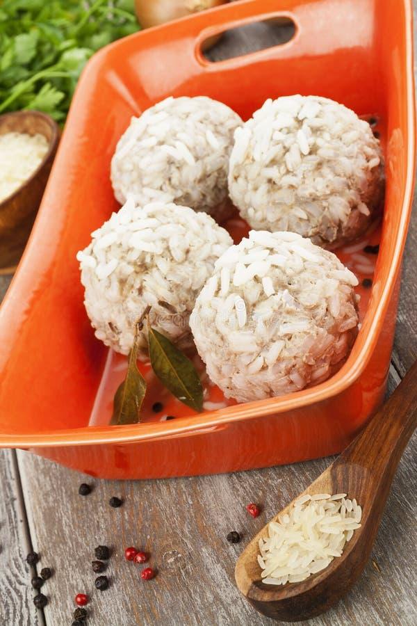 Boulettes de viande avec du riz image stock