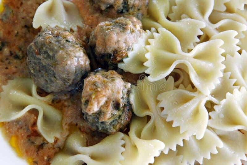Boulettes de viande et pâtes image stock