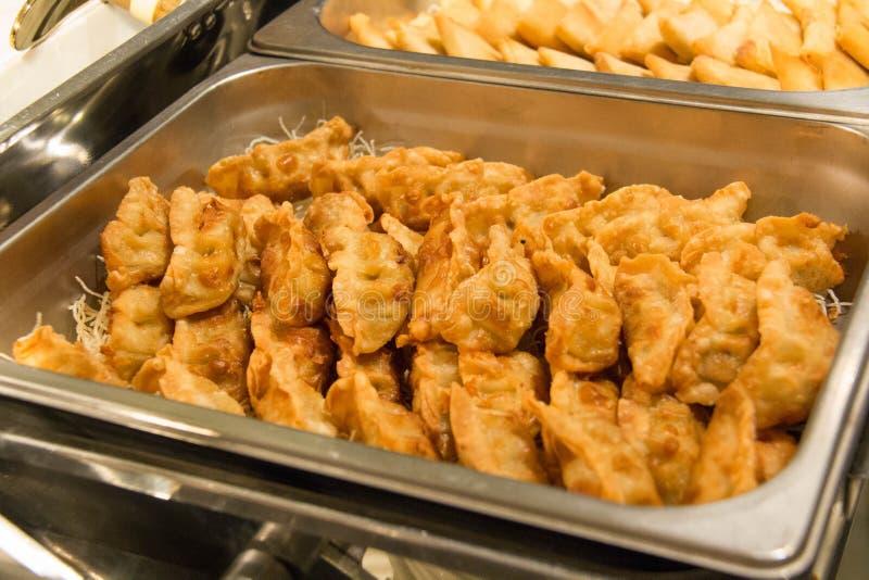 Boulettes, nourriture asiatique traditionnelle, bourrée de la viande de porc ou du VE photographie stock